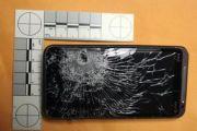Телефон HTC EVO 3D спас парня от пули